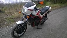 VF400F 1984
