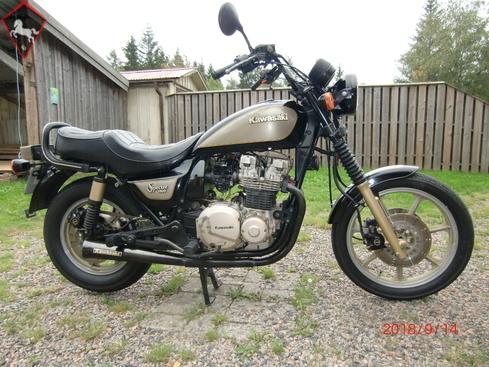 Kawasaki  1983