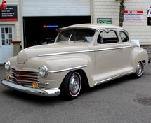 Plymouth Deluxe 1949