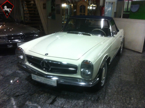 Mercedes-Benz 250SL w113 1968