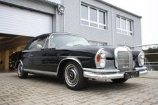Mercedes-Benz 220SE Cabriolet w111 1962