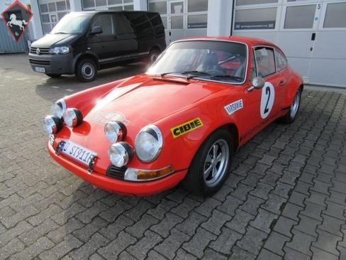 Porsche 911 Early LWB 1972