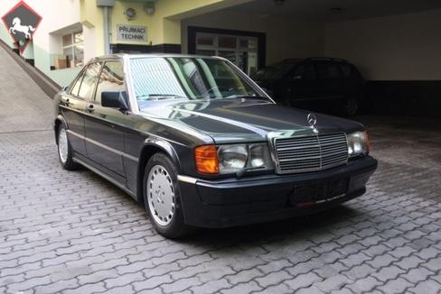 Mercedes-Benz 190 2.5-16 1990