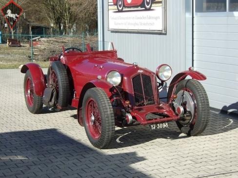 Riley 2 1/2 litre 1935