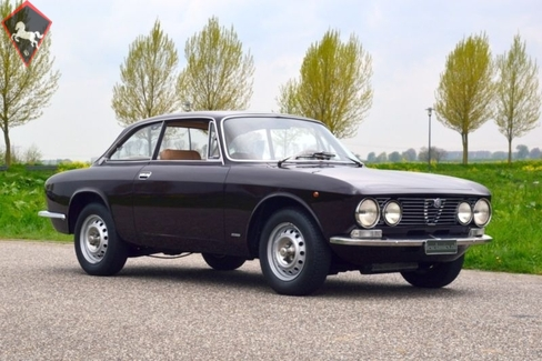 Alfa Romeo 1300 GT junior 1975