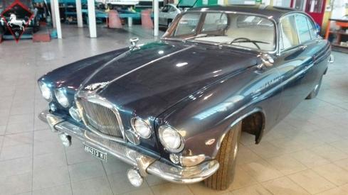 Jaguar MK X 1963