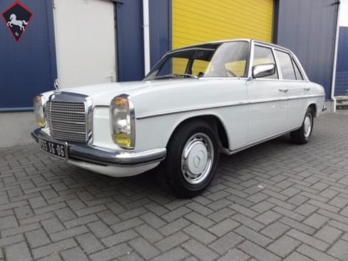 Mercedes-Benz 240 w123 1976