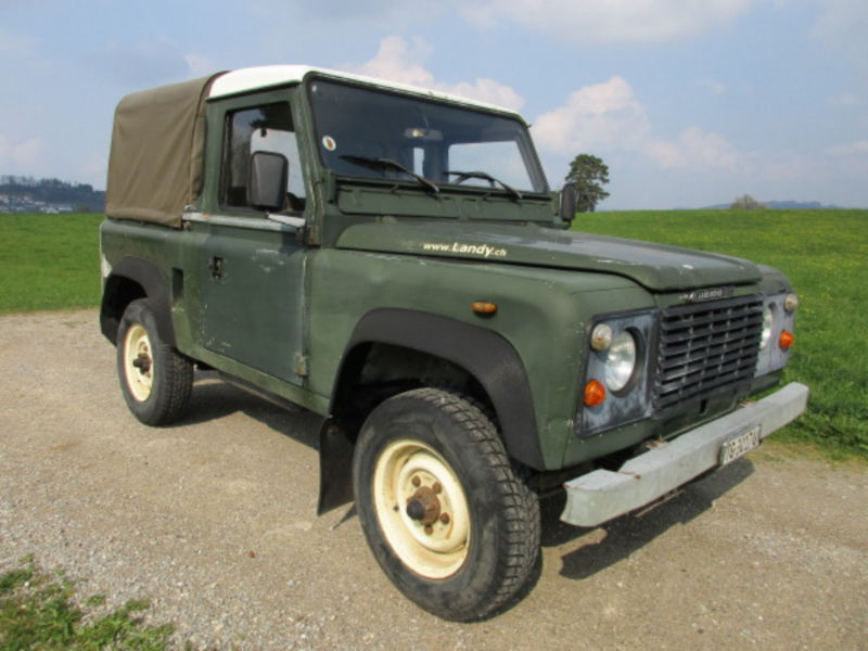 1985 Land Rover Defender is listed Sold on ClassicDigest in