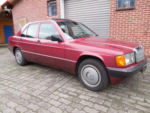 Mercedes-Benz 190 w201 1990