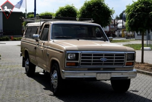 Ford F-250 1983