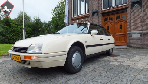 1986 citroen cx is listed for sale on classicdigest in. Black Bedroom Furniture Sets. Home Design Ideas