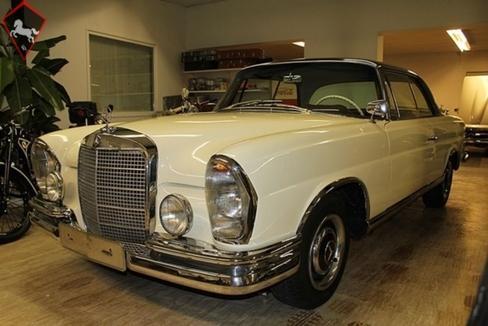 Mercedes-Benz 220SE Coupé  w111 1961