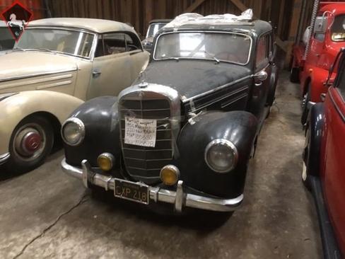 Mercedes-Benz 220 W187 1953