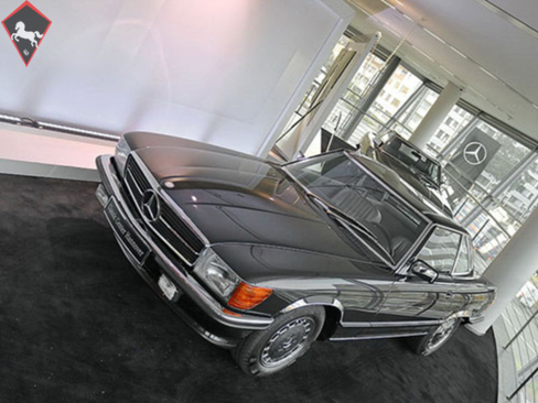 Mercedes-Benz 300SL w107 1987