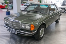 Mercedes-Benz 230 w123 1981