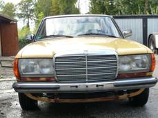 Mercedes-Benz 230 w123 1983