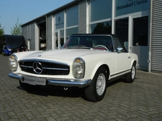 Mercedes-Benz 280SL w113 1969