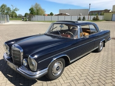 Mercedes-Benz 220SE Coupé w111 1963
