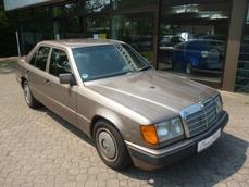 Mercedes-Benz 200 w124 1989