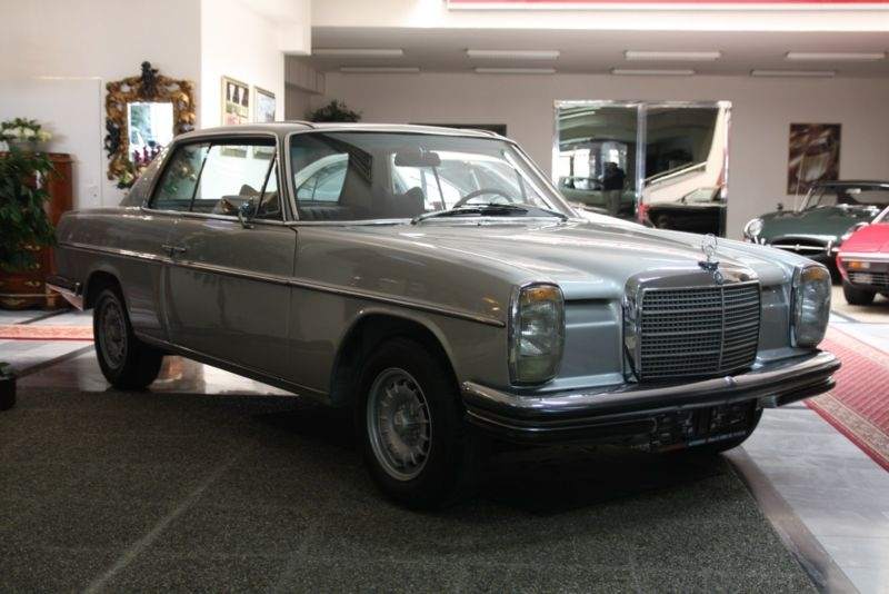 1973 Mercedes-Benz 280C/CE w114 is listed For sale on ClassicDigest in  Zvonarka 10CZ-617 00 Brno by HUKR spol  s r o  for €26900