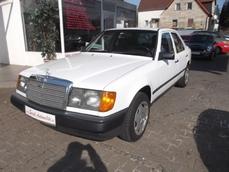 Mercedes-Benz 200 w124 1987