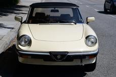 Alfa Romeo Spider 1988