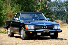 Mercedes-Benz 420SL w107 1974