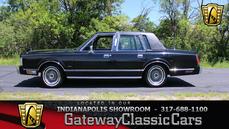 Lincoln Town Car 1988