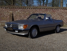 Mercedes-Benz 560SL w107 1988