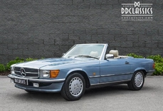 Mercedes-Benz 300SL w107 1989