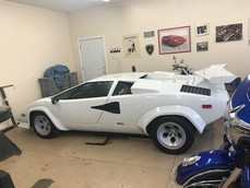 Lamborghini Countach 1983