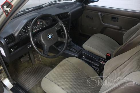BMW 320 1983