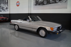 Mercedes-Benz 380SL w107 1984