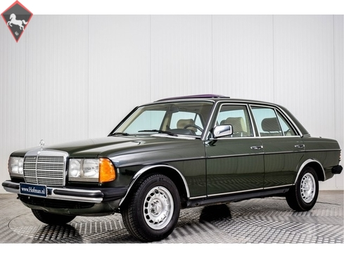 Mercedes-Benz 230 w123 1984