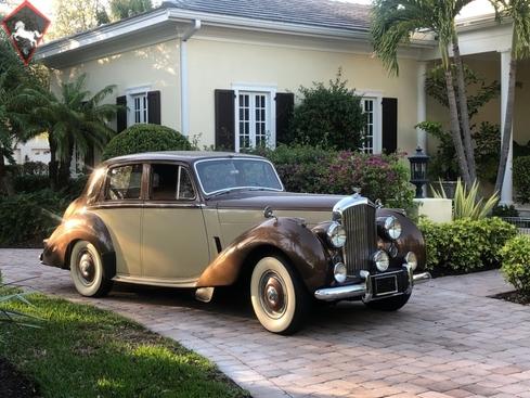 Bentley R type 1954