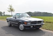 Mercedes-Benz 500SL w107 1988