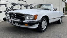 For sale Mercedes-Benz 560SL w107 1987