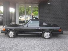 For sale Mercedes-Benz 560SL w107 1986