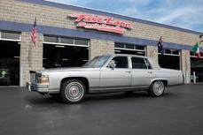 Cadillac Brougham 1989