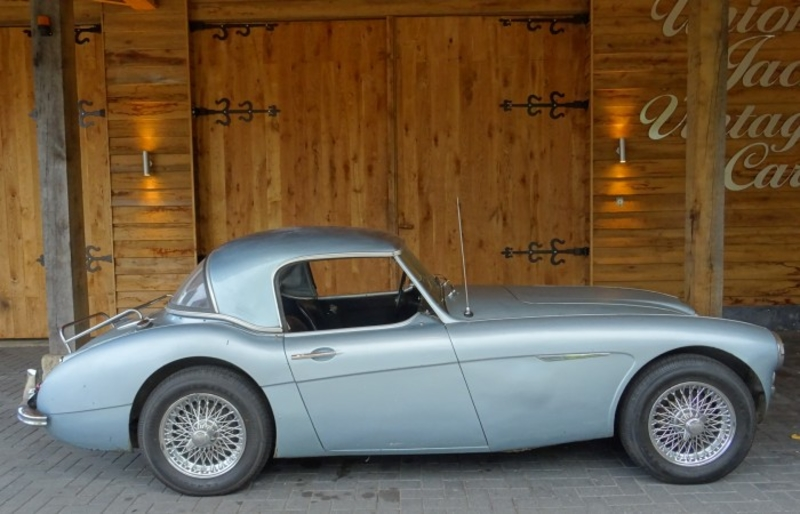 1960 Austin Healey 3000 Is Listed For Sale On Classicdigest In