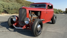Ford 3-Window Coupe 1932