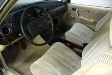 Mercedes-Benz 230 w123 1978
