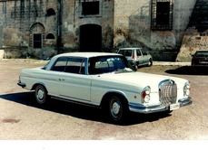 Mercedes-Benz 220SE Coupé w111 1966