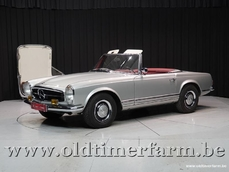 Mercedes-Benz 250SL w113