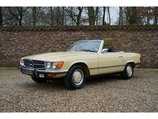 Mercedes-Benz 450SL w107