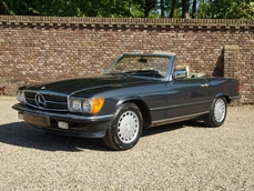 Mercedes-Benz 300SL w107 1986
