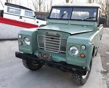 Land Rover Defender 1964