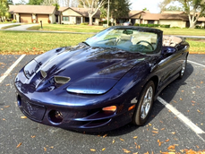 Pontiac Firebird 2000