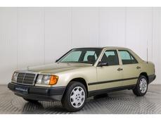 Mercedes-Benz 200 w124 1985