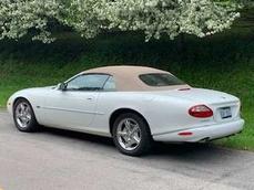 Jaguar XK8 1998